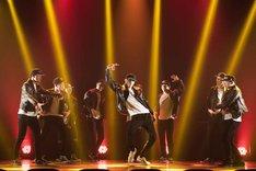 「DANCE REPUBLIC ~The devotion~」より。