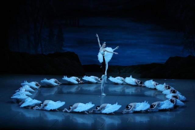 谷桃子バレエ団「白鳥の湖」より。