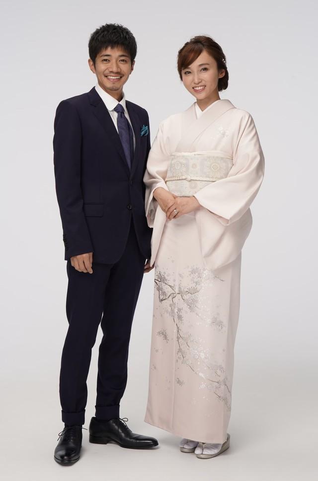 左から和田正人、吉木りさ。