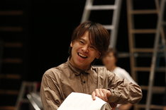 ミュージカル「HEADS UP!」公開稽古より、中川晃教。