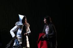 穂の国とよはし芸術劇場PLATプロデュース「荒れ野」フォトコールより。(撮影:伊藤華織)
