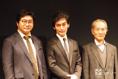 KAAT 神奈川芸術劇場×世田谷パブリックシアター「バリーターク」の制作発表会より。左から松尾諭、草なぎ剛、小林勝也。