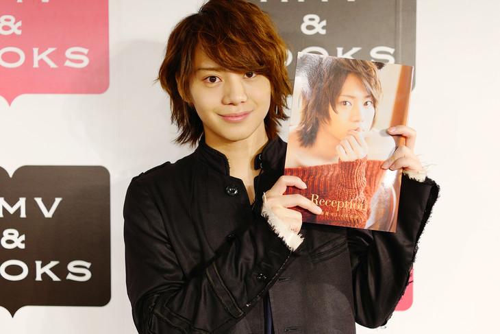 佐藤流司3rd写真集「Reception」発刊記念イベント囲み取材より。