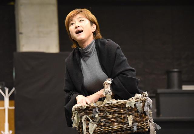 ミュージカル「メリー・ポピンズ」稽古公開より、鈴木ほのか。