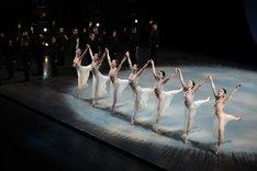 合唱舞踊劇「カルミナ・ブラーナ」過去公演より。