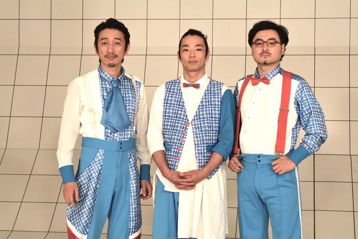 左から岩井秀人、森山未來、前野健太。