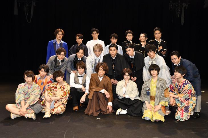舞台「大正浪漫探偵譚-六つのマリア像-」の出演者。