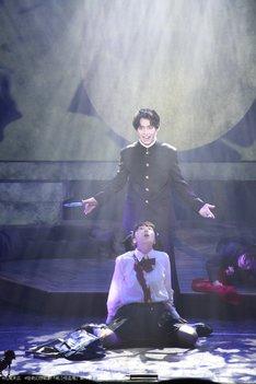 怪奇幻想歌劇「笑う吸血鬼」より。