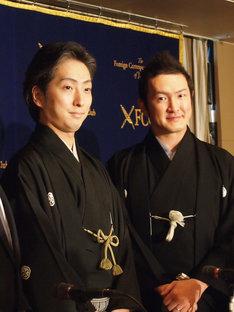 「『ジャポニスム2018:響き合う魂』公式企画『松竹大歌舞伎』」記者会見より。左から中村七之助、中村獅童。