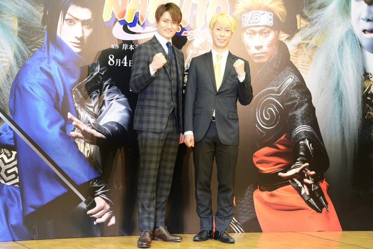 新作歌舞伎「NARUTO-ナルト-」製作発表記者会見より。左から中村隼人、坂東巳之助。