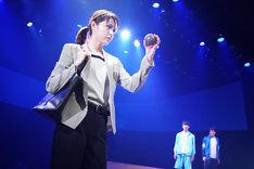 キャラメルボックス2018サマーツアー「エンジェルボール」より。(撮影:伊東和則)