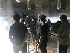 東京ゲゲゲイ「Black Cat」MV撮影現場より。