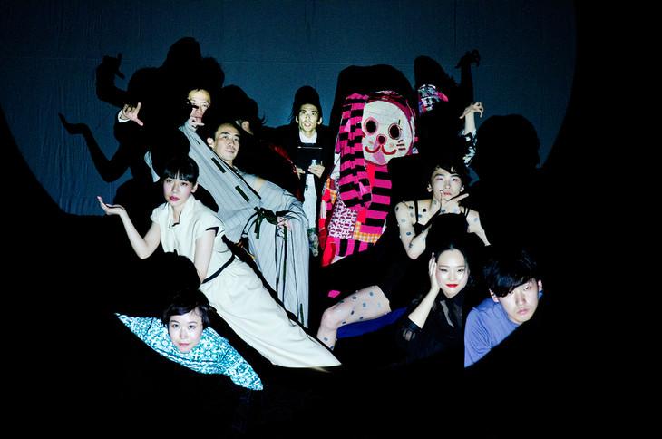 「Attack On Dance」日本公演より。(photo by Hideki Namai)