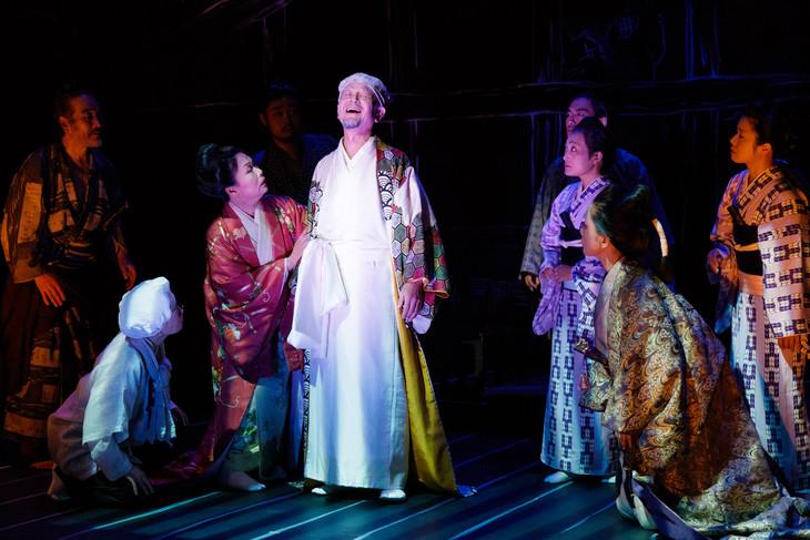 オペラシアターこんにゃく座 オペラ「イヌの仇討あるいは吉良の決断」い組より。(撮影:前澤秀登)