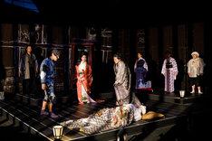 オペラシアターこんにゃく座 オペラ「イヌの仇討あるいは吉良の決断」ろ組より。(撮影:前澤秀登)