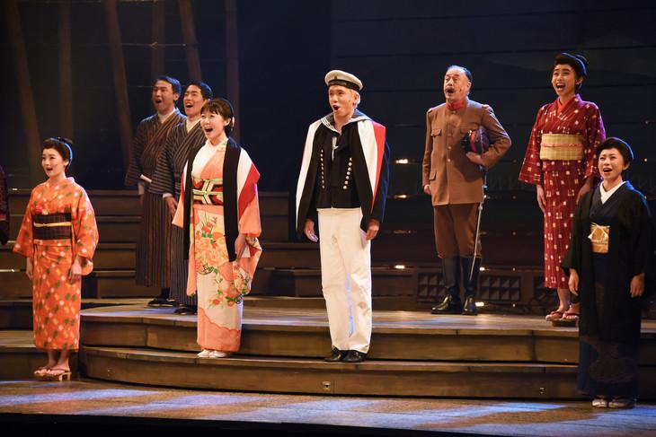 坊っちゃん劇場 ミュージカル「よろこびのうた」東京公演より。