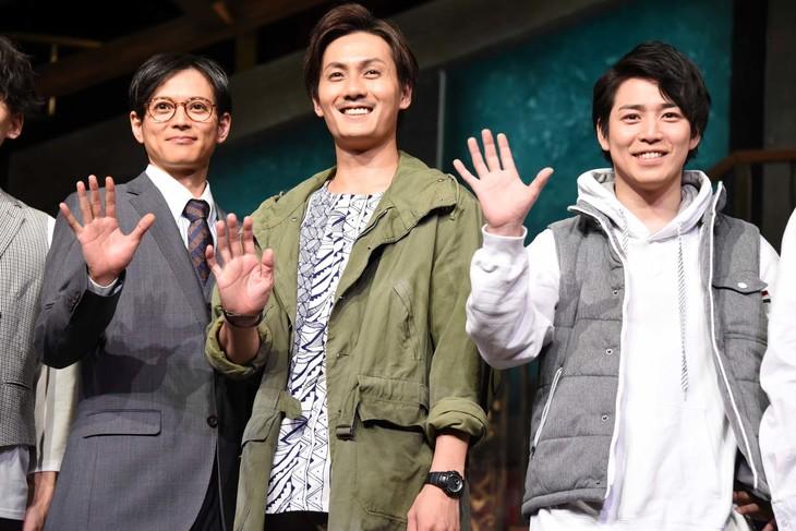 project K「僕らの未来」囲み取材より、左から河合龍之介、加藤和樹、鎌苅健太。
