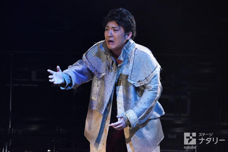 KAAT神奈川芸術劇場プロデュース「オイディプスREXXX」フォトコールより。中村橋之助演じるオイディプス。
