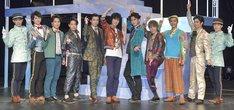 舞台「『Like A』room[002]」の出演者たち。(撮影:鏡田伸幸)