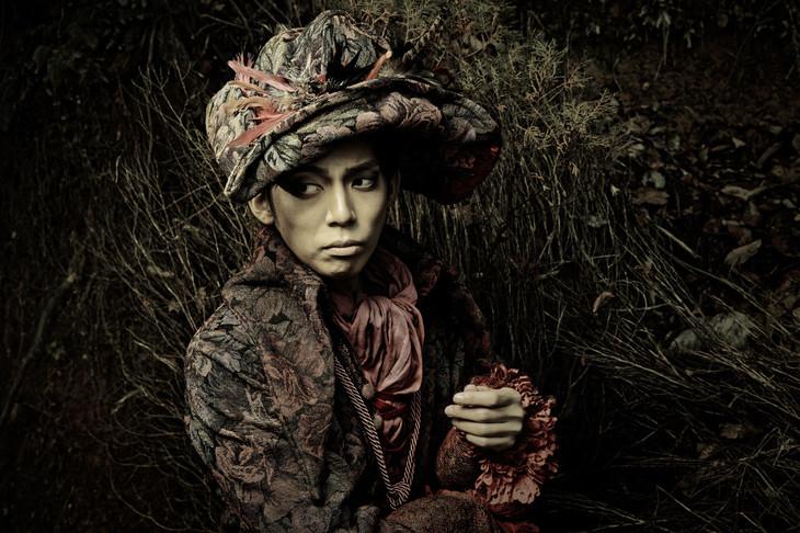 竹下健人扮する石舟。
