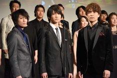 左から内藤大希、三浦宏規、海宝直人。