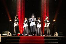 「キテレツメンタルワールド 東京ゲゲゲイ歌劇団 Vol.III『黒猫ホテル』」六本木公演ゲネプロの様子。(Photo by ARISAK)