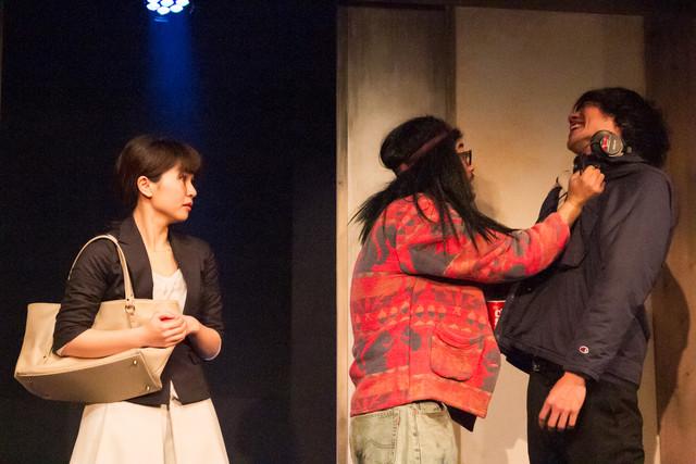 劇団献身 第12回本公演「怪童」より。