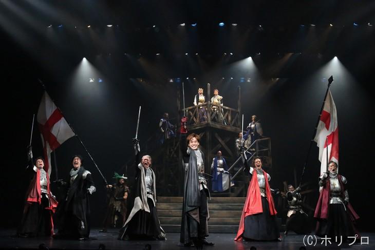 彩の国シェイクスピア・シリーズ第34弾「ヘンリー五世」より。(撮影:宮川舞子)