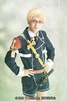 木津つばさ扮する博多藤四郎。
