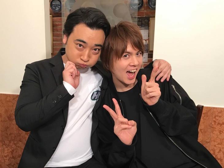左から斉藤慎二、浦井健治。