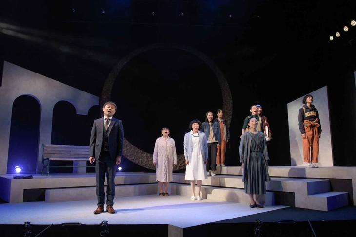 ベッド&メイキングス 第6回公演「こそぎ落としの明け暮れ」より。