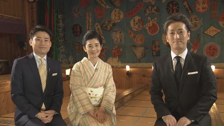NHK Eテレ「にっぽんの芸能」より。左から吉田真人アナウンサー、石田ひかり、中村七之助。