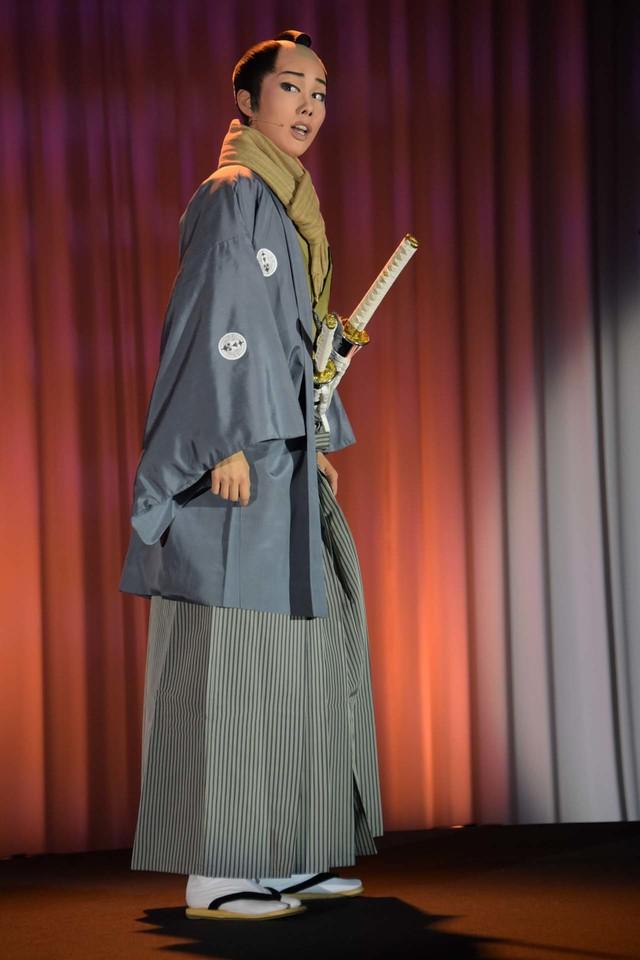 宝塚歌劇雪組 かんぽ生命 ドリームシアター「幕末ロマン『壬生義士伝』」「ダイナミック・ショー『Music Revolution!』」制作発表会より。
