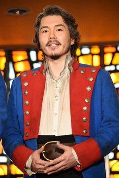 ミュージカル「レ・ミゼラブル」囲み取材より、佐藤隆紀。