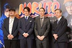 新作歌舞伎「NARUTO-ナルト-」製作発表より、左からG2、中村隼人、坂東巳之助、松竹株式会社の安孫子正副社長。