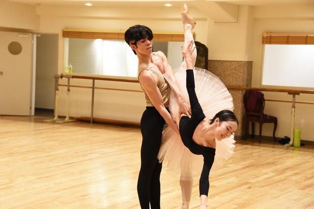 Kバレエ「シンデレラ」公開リハーサルより。