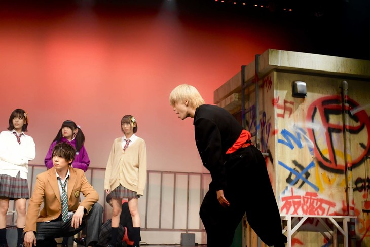 劇団ToyLateLie 第8回本公演「俺はヤンキーになりたかった。」より。
