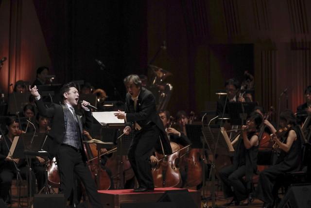 「石丸幹二 オーケストラコンサート2019 ~ミュージカル、29年の道のり~」より。(撮影:西村淳)