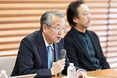 東京二期会2020/21シーズンラインアップ記者発表会の様子。