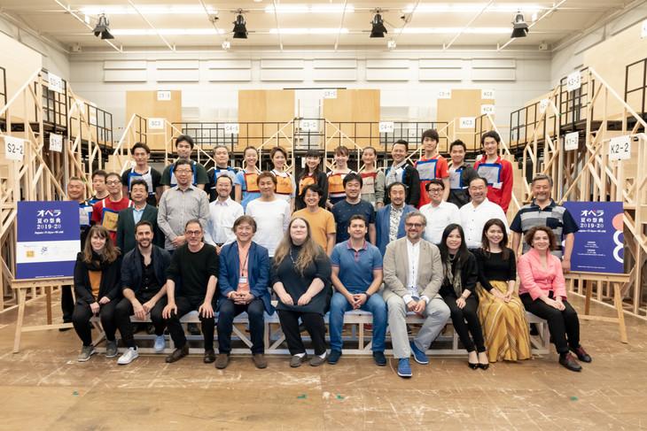 オペラ夏の祭典2019ー20 Japan→Tokyo→World プッチーニ「トゥーランドット」(新制作)の顔合わせ・コンセプト説明会より。(提供:新国立劇場)