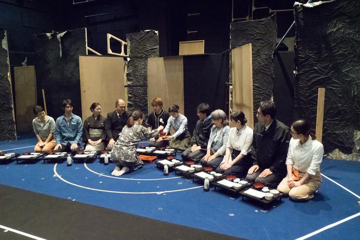 劇団青年座 第237回公演「明日-1945年8月8日・長崎」稽古の様子。(撮影:小林万里)