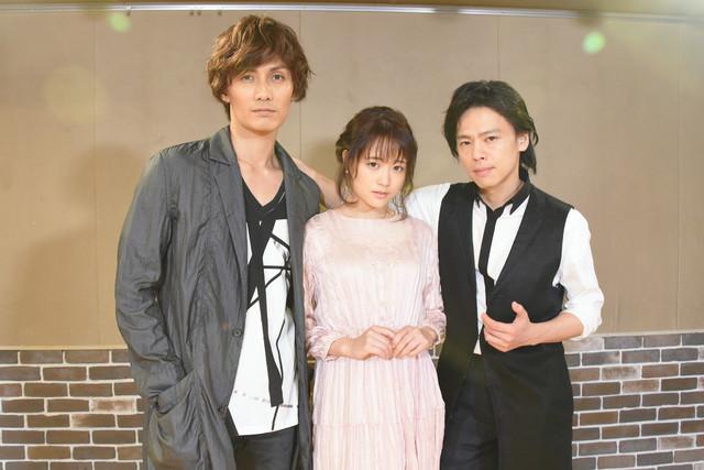 左から加藤和樹、大原櫻子、中川晃教。