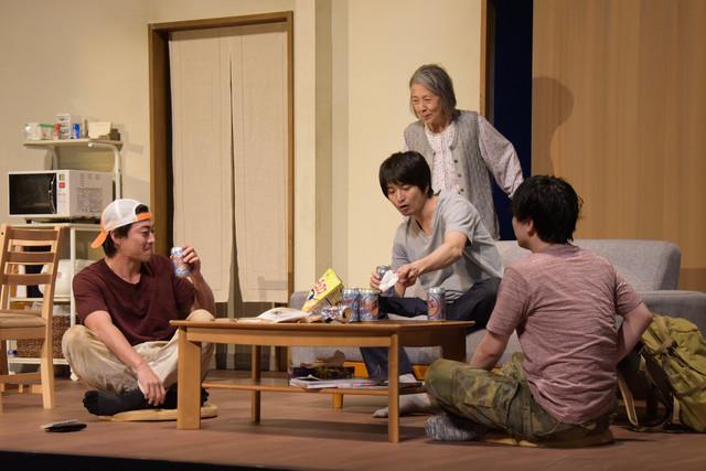 Bunkamura30周年記念 シアターコクーン・オンレパートリー2019「美しく青く」より。