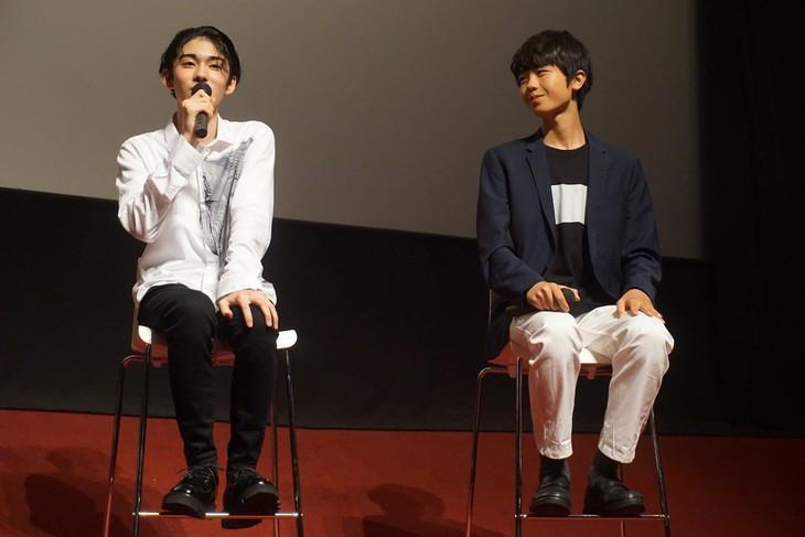 「『夏再見参!?YJKT』第二弾 染五郎・團子の映し語り スペシャルトーク&特別映像『The DOGGY's LOOK』」より。左から市川染五郎、市川團子。