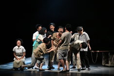 Our Theatre×流山児★事務所「嫁粧一牛車」より。(写真提供:台中歌劇院)