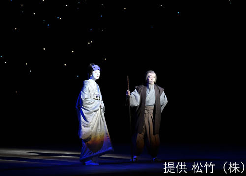 「八月納涼歌舞伎」第三部「新版 雪之丞変化(しんぱん ゆきのじょうへんげ)」より。(c)松竹