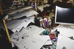 武井の仕事机。