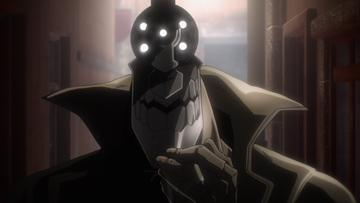 アニメ「ノー・ガンズ・ライフ」第5話より。タバコを吸っていた十三はスカーレットがトラブルに巻き込まれていたのを目撃する。