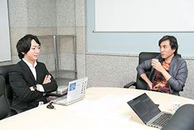 左から上町裕介プロデューサー、河森正治監督。