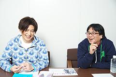 左から緑川光、高松信司監督。